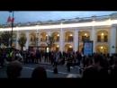 Вечерний Питер, салют и уличные музыканты