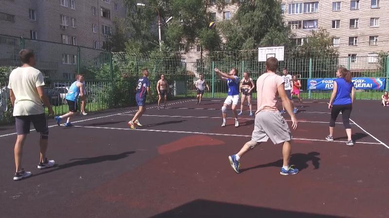 2017-08-16 - Турнир по волейболу среди дворовых команд (Лобня)