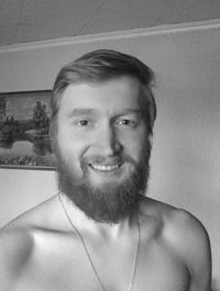 Максим Зверев