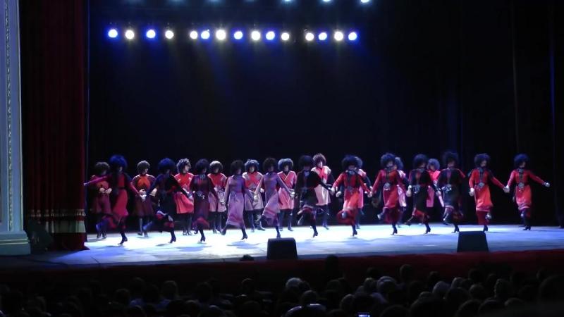 Грузия со своими легендарными танцорами Грузинский Национальный Балет Сухишвили