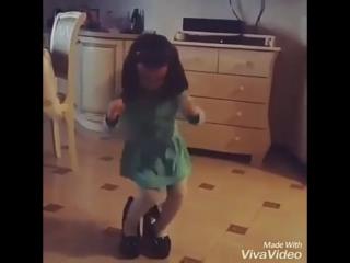 😍😍😍 Танцуют все 😂