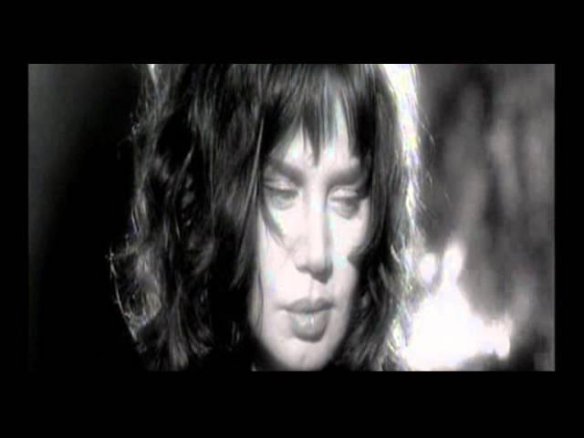 Sezen Aksu - Sarı Odalar (Official Video)