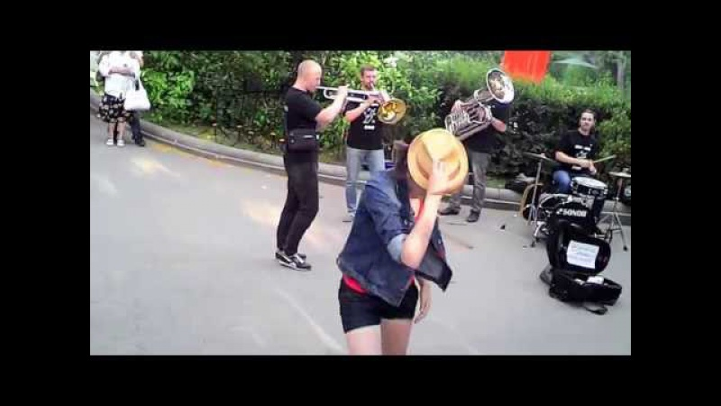MICHAEL JACKSON REMEMBERED IN MOSCOW. BREVIS BRASS BAND POLINA. - COVER