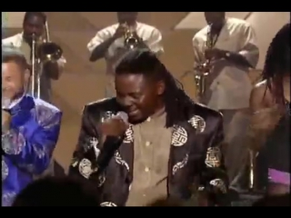 Earth Wind & Fire - Live by Request 99