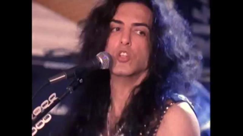 Kiss - Domino -