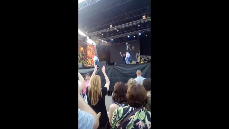 Крістал Мельничук - Live