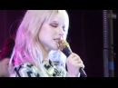 Paramore - Caught In The Middle (Grand Casino Hinckley, MN 2017)