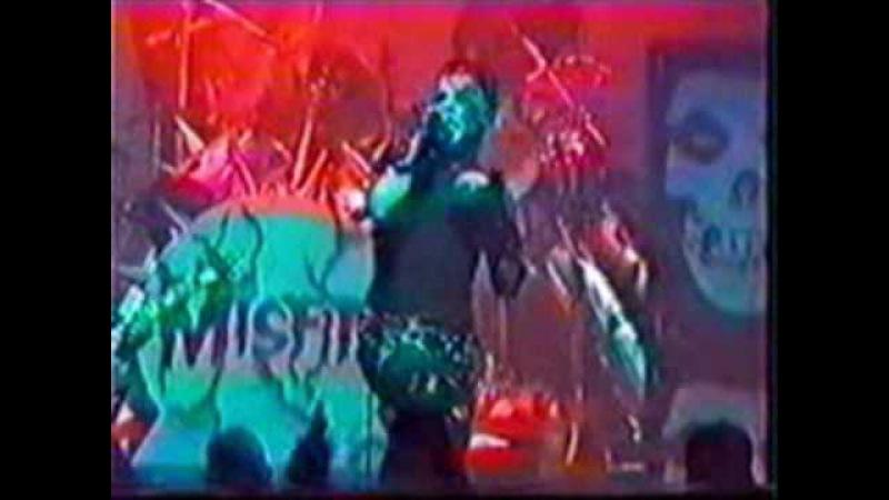 Misfits - Dig up her bones (Live 1997)