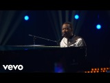 John Legend - Love Me Now (Live on the Honda Stage at iHeartRadio Theater LA)