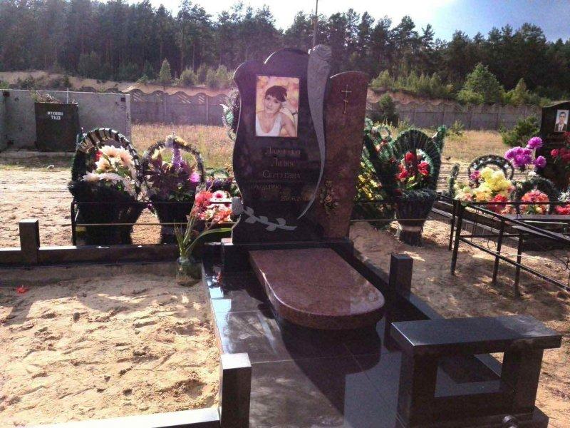 Фото оформления памятников из гранита  в Гомеле