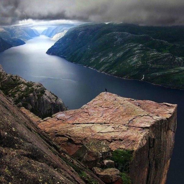 Роскошные пейзажи Норвегии - Страница 20 ZRyIEqM8z7M