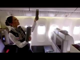 Стюардессы Turkish Airlines поучаствовали во флешмобе