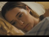 Fear The Walking Dead: Alycia Debnam-Carey Shares An Intimate Moment In Exclusive Deleted Scene