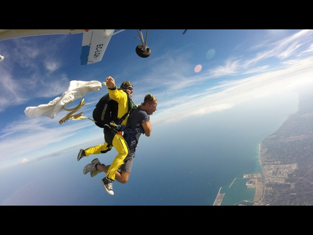 FIRST TANDEM SKYDIVE EVER -Our Video Diary -Vlog - FEAR THE FREEFALL , LOVE THE LANDING