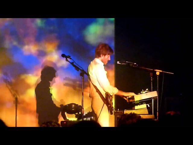 AIR (French band) live HMV Forum London 2010 (Don't Be Light)
