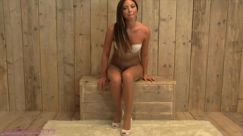 Natalia Forrest in sheer pantyhose