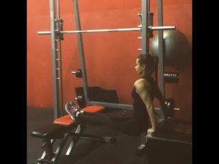 Марина Аксенова - обратные отжимания 10кг свой вес 42,5