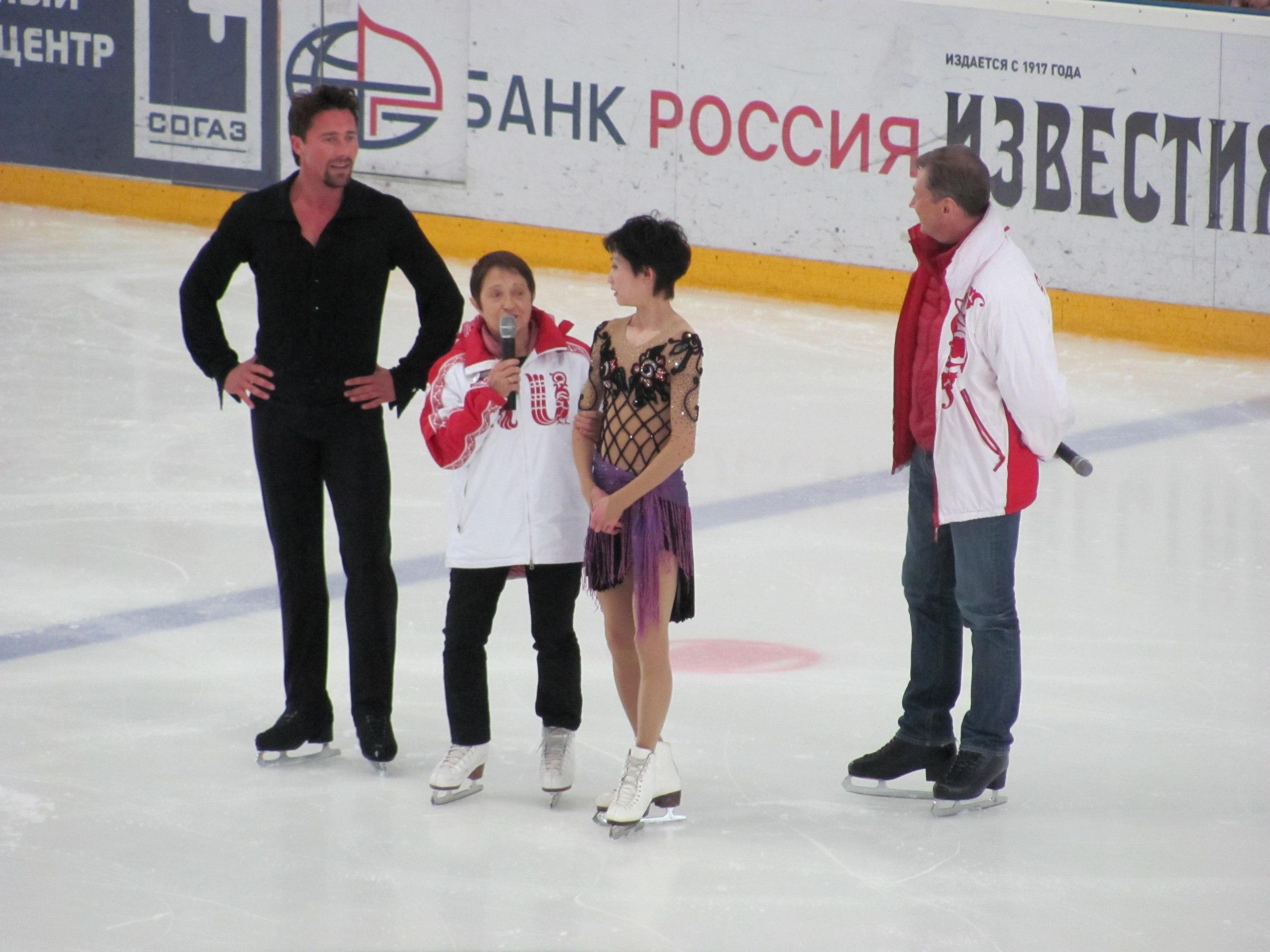 Школа Москвиной, парное катание (Санкт-Петербург, Россия) - Страница 9 FeVlGR3UB4A