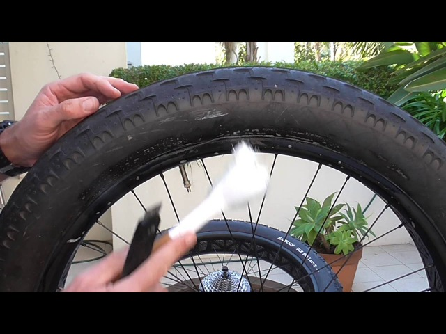 Specialized Helga (Fatboy) Tubeless Conversion