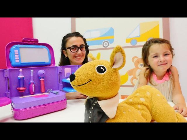Hayvan doktoru oyunu oyna 💉 Doc McStuffins Işıklı Doktor Çantası. Evcil hayvanlar hastanesi oyunu