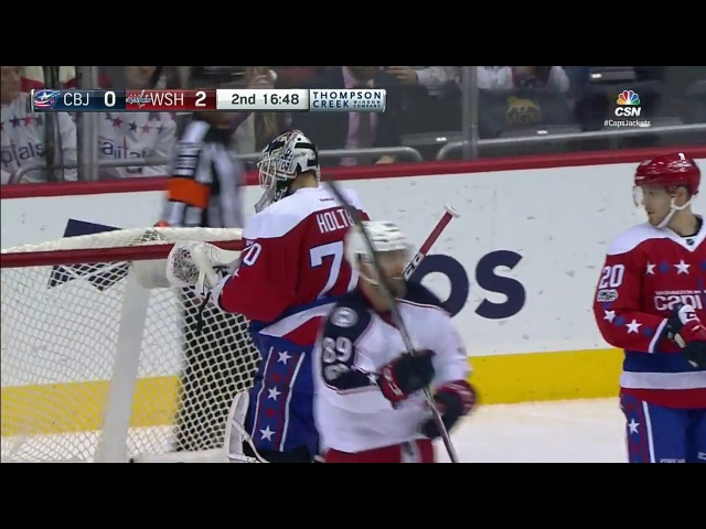 Nutivaara robbed by Holtby's toe
