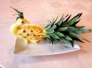 Hướng dẫn cách tỉa con Công từ quả Dứa-Lesson 260 Pruning Peacock Pineapple fruit.