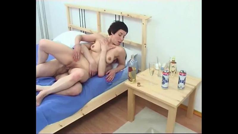 Порно онлайн. Смотреть секс видео бесплатно ~ ЕбуМам.COM