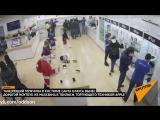 Злой Санта похитил MacBook из магазина в Тбилиси