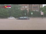 982 Крым. Дождь. Город Симферополь. 10 июня 2017.