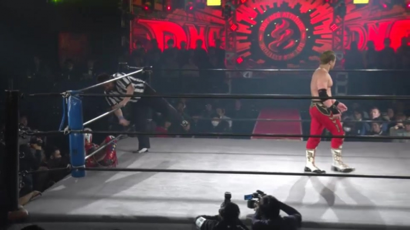 Kotaro Suzuki vs. Shunma Katsumata (DDT - FIGHTING GIG DNA 30 ~ Starting Signal Run! ~)