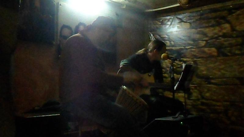 Александр Фолк Лякишев и Влад Снытин в баре Кружка 21.01.2017 (5)