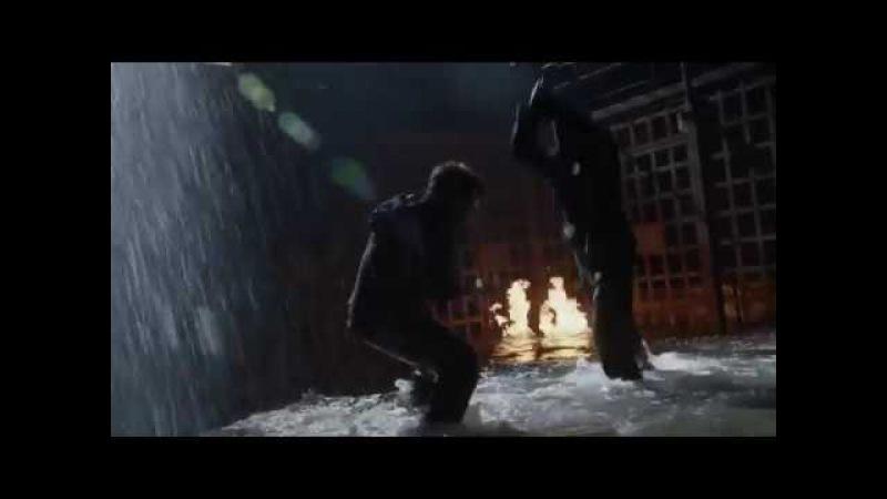 Оливер Куин (Зелёная Стрела) против Слейда Уилсона (Дестсроук)