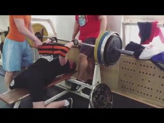 Анохин Илья - жим 150х1 в одном слое Турбины Про - 3!