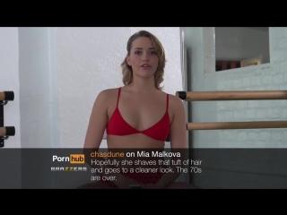 Порно звезды читаю злые комментарии про себя Мобильное порно BMW