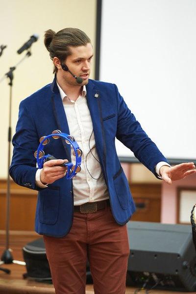 Илья Бобровский