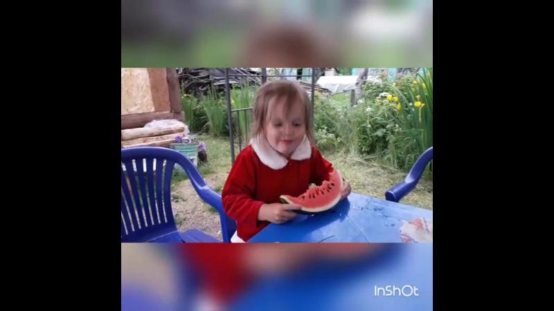 Как кушает дедушка 😂😜🙈🙊 моямари такаякакаяесть люблю детимояжизнь