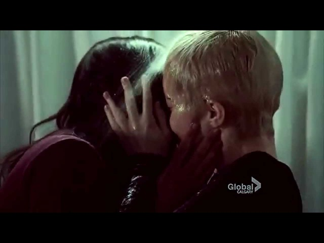Gail Holly shower scene (Rookie Blue 5x01)
