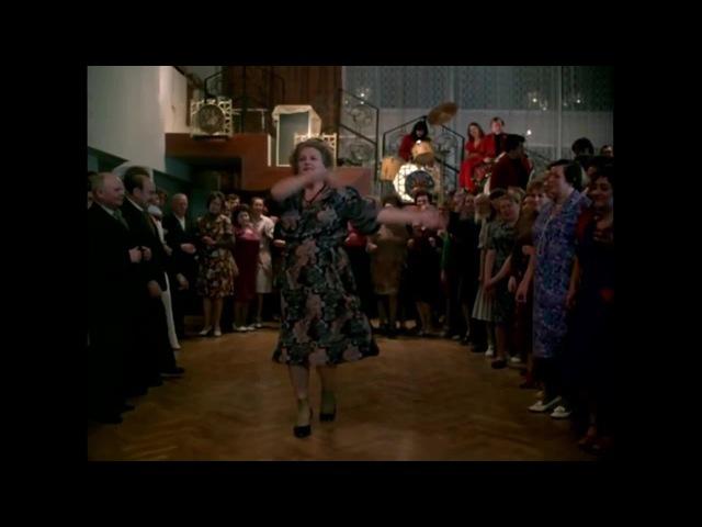 Travolta refuses to dance