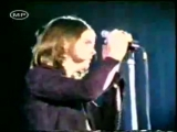 Black Sabbath - Behind the Wall of Sleep