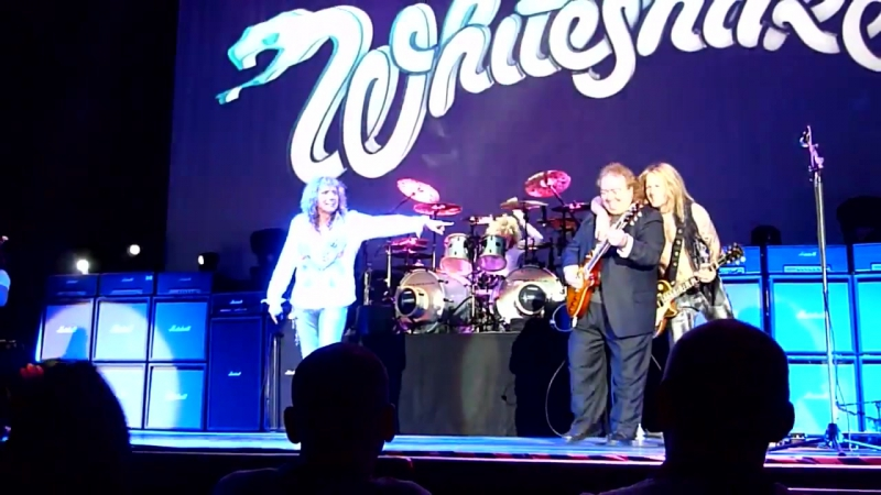 Whitesnake - Fool For Your Loving (Live - Manchester Arena, UK, May, 2013)