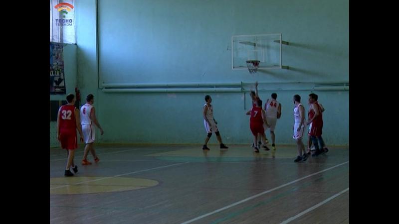 В СДЦ Атлант г.Тосно проходят баскетбольные баталии