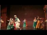 RUSSIANS DANCE ON INDIAN SONG  Русские Танцуют Под индийскую песню!!!