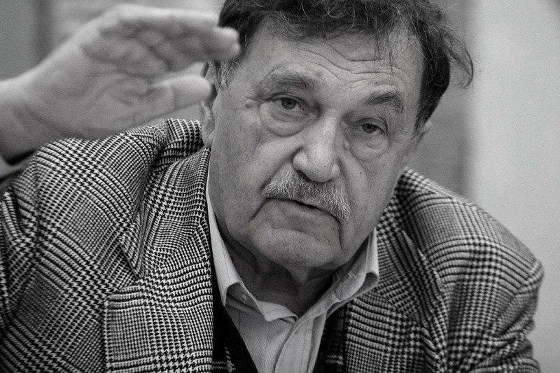 """Василий Аксенов: """"В 1953-м меня выгнали из Казанского университета как сына «врагов народа»"""""""