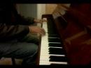 Настройщики фортепиано после работы опробируют инструмент