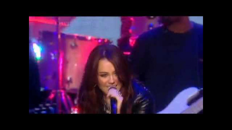 PARTY IN THE U.S.A. - MILEY CYRUS (LIVE) HD