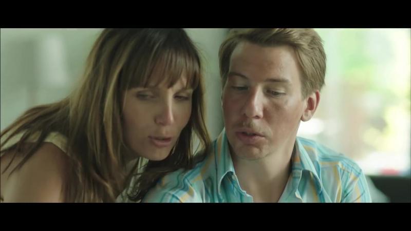 Arttu Wiskari - Kun me diskossa suudeltiin (Virallinen musiikkivideo)