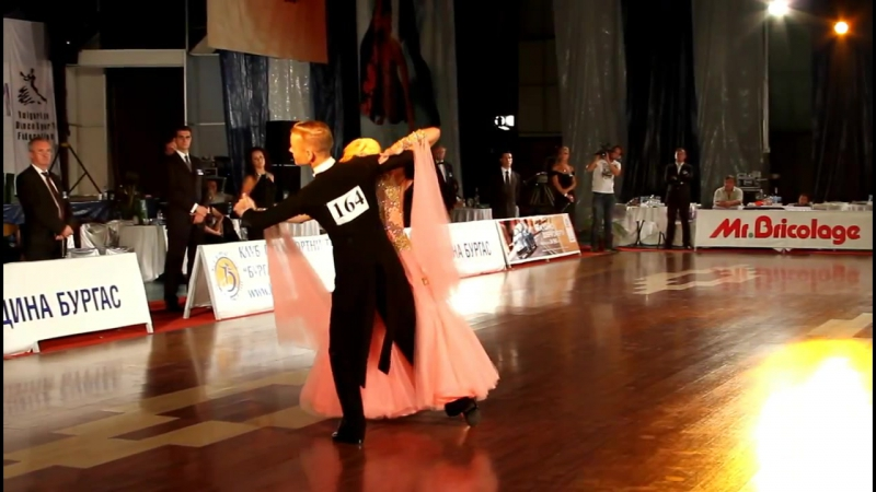 WDSF Burgas Cup 2012, Presentation of couple 164 (Final, slow waltz)