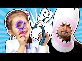 ДОКТОР ПЛЮШЕВА Вырывает зубы Акуле Черные Зубы Doc McStuffins Стоматолог Играем в Докт...