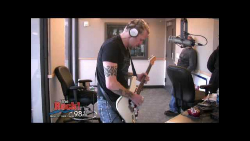 Gary Hoey Live on The Johnny Dare Morning Show - 12 Days of Christmas The Grinch