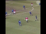 Eric Cantona sealed victory over Arsenal in style on this day in 1996!